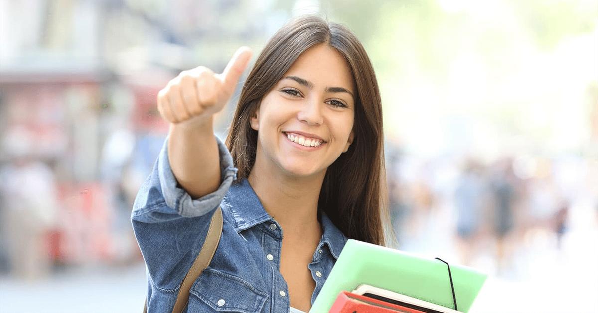 fp-presencial-imagen-de-fondo-estudiante-grados-medios
